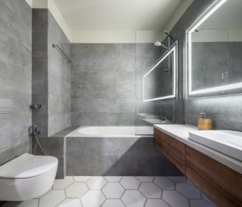 Why You Should Use a Fixed Glass Shower Panel
