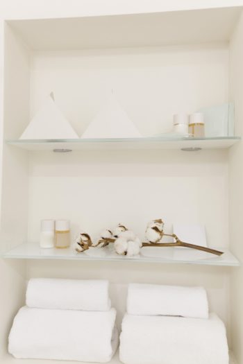 Adding Elegant Style and Practical Functionality to Your Home with Customizable Glass Shelving