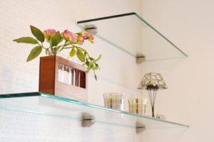 Using Glass Shelves in the Bathroom